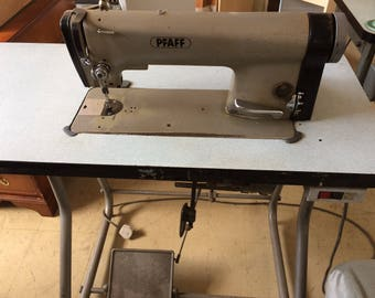 Pfaff Industrial LockStitch Sewing Machine 94