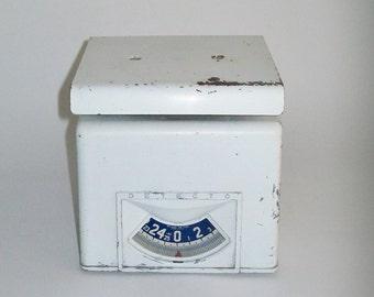 Vintage Detecto Kitchen Scale 25 Pound Farmhouse Cottage Chic 1940's