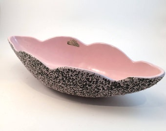 1950's Shawnee Kenwood Oblong Scalloped Black and Pink Speckled Textured Confetti Splatterware Console Bowl/Centerpiece Bowl