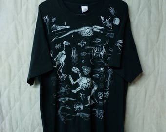 Vintage 1991 Animal Bones Skeleton Fossil T-Shirt XL Faded Black Nature Tee 90's Wildlife Shirt with Sleeve Print