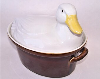 Vintage White Duck Casserole Bake Dish by Carbonne