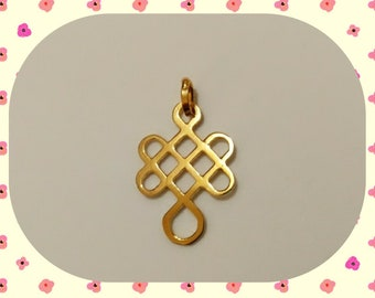 I said of endless knot or infinite knot of gold plate