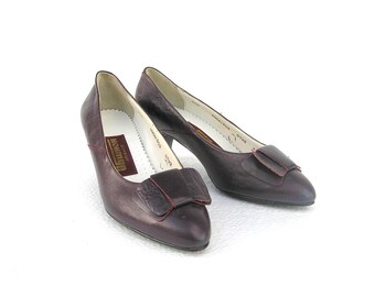 Soviet vintage womens shoes Purple shoes Vintage purple shoes Bow shoes Purple shoes Lilac shoes Retro shoes Small size US 6.5 EU 37 UK 5