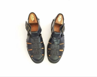 Vintage Mens 9 Deer Stags Tstrap Walking Sport Sandals Black Leather Woven Fisherman Sandals Boat Deck Shoes Loafers Braided Hippie Beach