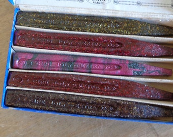 French sealing wax set, 5 sticks of cire de luxe parfumée in original box