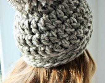 Chunky Knit Hat, Giant Pom Pom Hat, Spring Pom Pom Hat, Chunky Wool Beanie, Knit Pom Pom Hat, Chunky Toque, Pom Pom Beanie, Crochet Slouch