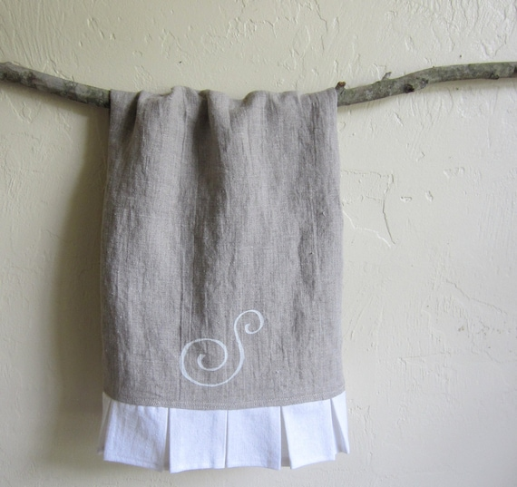 Guest Towels Linen: Monogrammed Linen Guest Towel With White Ruffle