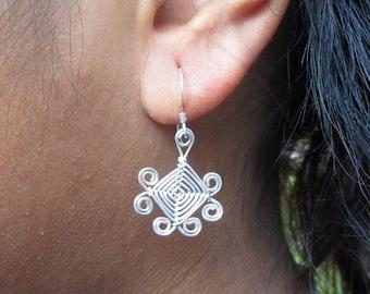 Hand Woven Sterling Silver Wire Earrings- Scroll Ojos Earrings