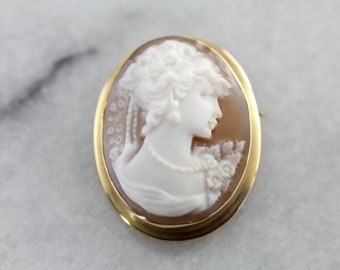 Vintage Cameo Brooch or Pendant in Yellow Gold and Fine Shell ZVZK4P-D