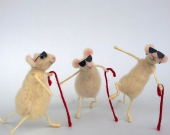 Three blind mice Childrens English nursery rhyme Needle Felted Mouse Doll house decoration Woolen mice Waldorf animal 3 blind mice figurine