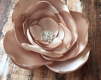 Champagne Bridal Hair Flower / Champagne Broach / Champagne Flower Facinator / Champagne Bridal Hair Comb
