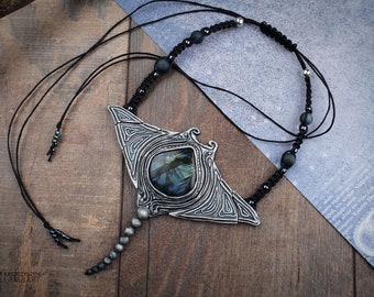 Labradorite Manta Ray Necklace Fantasy Exceptional Marine Sea Creature Jewelry OOAK