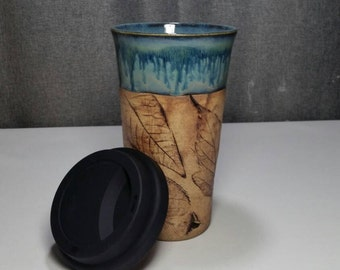 IN STOCK*Stoneware Travel mug / Commuter mug with silicone lid - Coral Blue / leafs