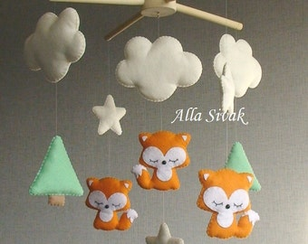 Woodland Fox mobile, Fox Mobile, Baby sleeping fox mobile, Fox Nursery Mobile, Woodland Baby Mobile, Orange Baby Mobile, Forest Baby Mobile
