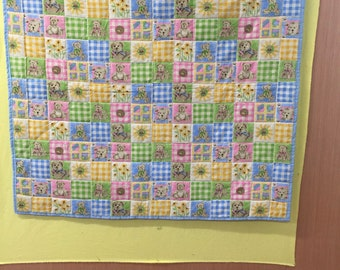 Baby teddy bear quilt