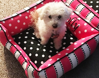 Pink Dog Bed | Personalized Dog Bed | Personalized Dog Bed | Cat Bed, Washable, Comfortable, Choose your fabric, size, & Embroidery