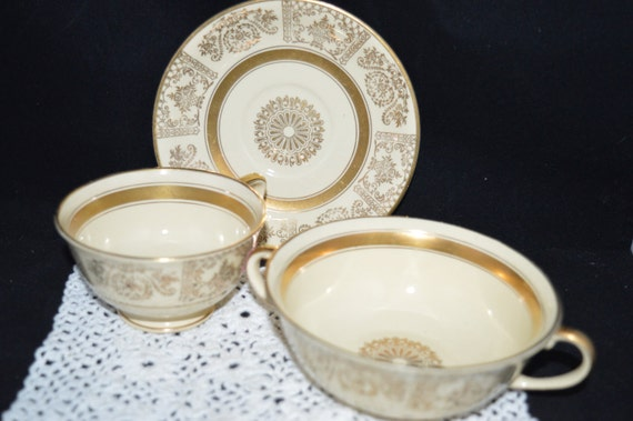 Johnson Brothers / dinnerware / Victorian pattern china/ England / 1930s / art deco / gold / ivory / teacups / china set / china & Johnson Brothers / dinnerware / Victorian pattern china/