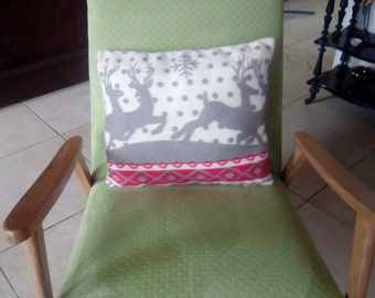 Cushion reversible Elks and snowflakes patterns