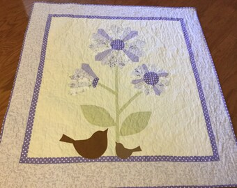 Flowery Dresden plate lap quilt