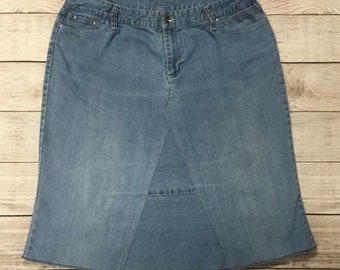 LADIES JEAN SKIRT- size 16