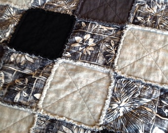 Country Rag Quilt - Country Throw - Black Charcoal Grey Rag Quilt - Homemade Quilt - Handmade Rag Quilt - Floral - Lap Quilt - Fall Blanket