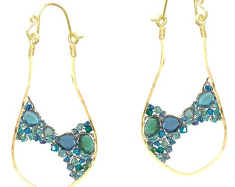 Hammered dangle earrings peridot, aquamarine, sea blue chalcedony, london blue topaz, green apatite Luxe Bijoux 269