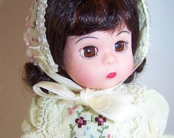 Victorain Marigold 8 in doll mint