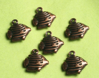 Antique copper fish charm 12x10mm, select your quantity (item ID ACFCD12x10)
