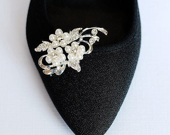 Bridal Shoe Clips Pearl Crystal Rhinestone Shoe Clips Wedding Party (Set of 2) SC016LX