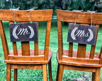 Wedding Chair Signs , Wedding Chair Signs for Bride and Groom , Mr. and Mrs. Signs , Wood Wedding Chair Signs ,