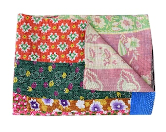 Reversible Cotton Kantha Quilt Sari Throw Bed Cover Blanket Vintage Handmade Cotton Kantha Quilt twin Size patch quilt