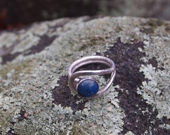 Blue lapis lazuli Lasso Ring