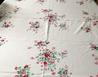 "Vintage Wilendur Princess Rose Tablecloth 62.5"" x 82"""