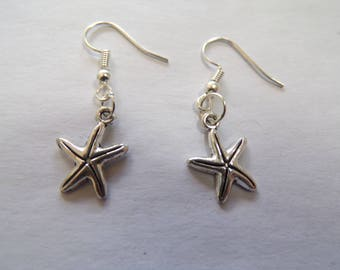 small patterned starfish earrings