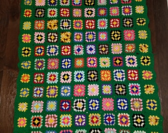 Large Vintage Afghan Granny Square Throw Blanket Boho Mod Kelly Green