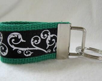 Scroll Mini Key Fob -  GREEN Black - Swirl Key Chain - Small Key Ring - Scroll Zipper Pull