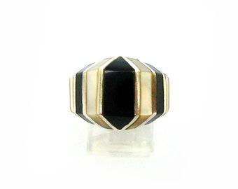 Vintage Onyx & Mother of Pearl Sterling Silver Ring Size 6.5