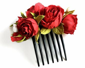 Bridal headpiece Red Roses in Hair comb Flowers Hair accessories Wedding hair flower Bridal hair Wedding headpiece Bridal hair comb