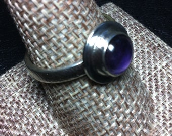 Amethyst ring, Size 9 US, Sterling Silver ring, Artisan ring