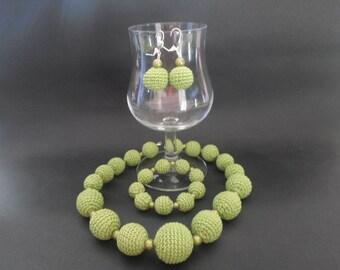 Green necklace, bracelet and Earring jewelry set earrings