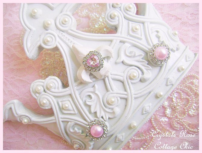 shabby chic wall bed crown white pink bling romantic home. Black Bedroom Furniture Sets. Home Design Ideas
