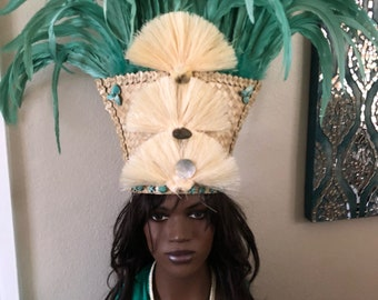 Headdress, pareu and necklace with mint green feathers SALE!