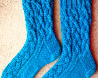 Hand Knit Womens Cashmere-Wool Blend Socks (S-252)