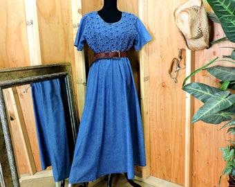 Long denim dress / M / L / denim maxi dress / long jean dress / prairie dress / loose fit denim dress