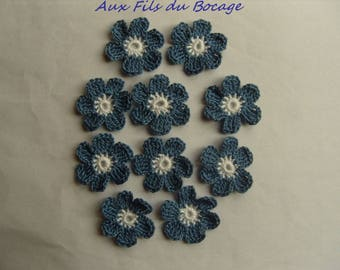 Crocheted appliques, set of 10 blue and white flowers
