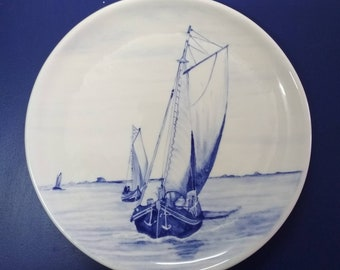 Prato com Fragata do Tejo. Typical Portuguese Boat Plate