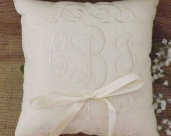 Ring Bearer Pillow, Mr & Mrs. Ring Pillow, wedding pillow, embroidery, monogram, custom. personalized, ring bearer pillows