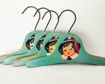Vintage Wooden Child's Clothing/Jacket Hangers - Green