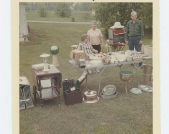 Vintage Snapshot Photo: Yard Sale, c1960s-70s (612531)