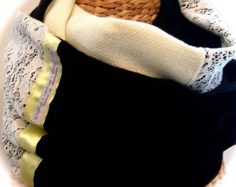 Black snood/scarf / yellow and lace